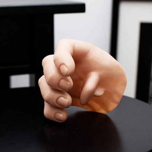 Third Fake Hand (Medium)