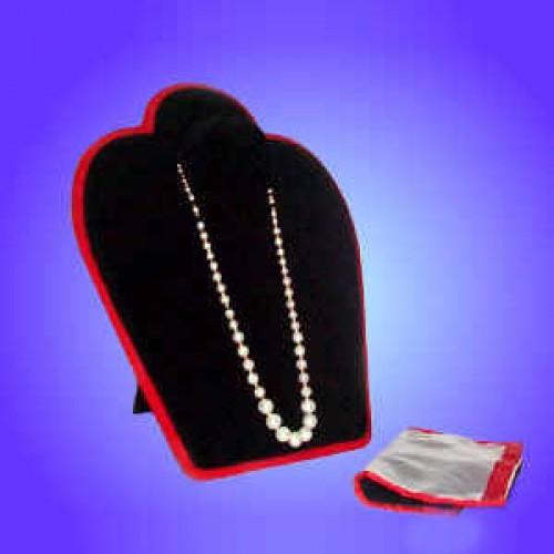 Necklace Mystery