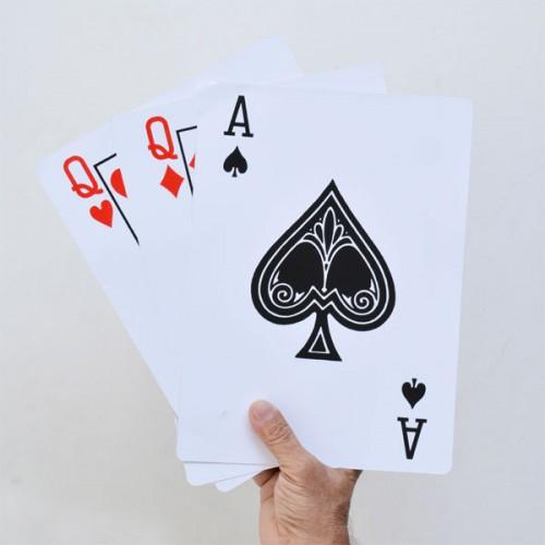 Giant Three Card Monte Plus